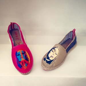 crimes-art-brigitte-bardot-espadrilles